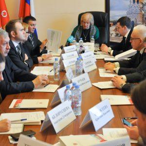 Общественная палата Санкт-Петербурга призвала профильные комитеты активнее подключать граждан к процессу снижения объемов ТБО