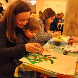 Общественная палата Санкт-Петербурга поддержала благотворительную акцию «Мы рисуем всей семьей»