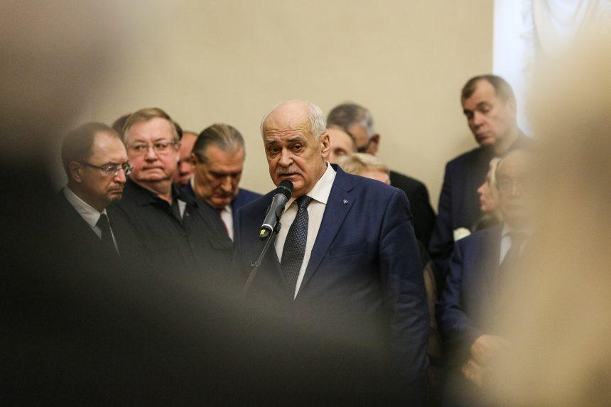 Представители Общественной палаты Санкт-Петербурга простились с Людмилой Вербицкой