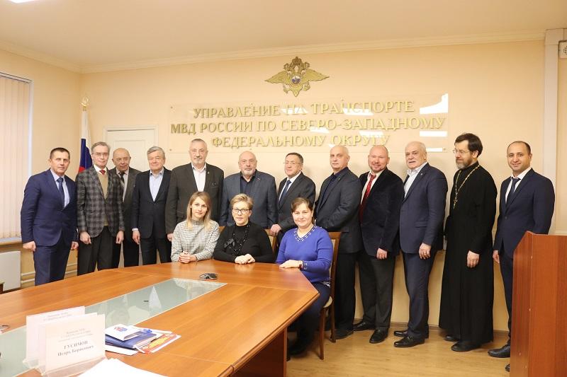 Представители Общественной палаты вошли в состав Общественного совета при УТ МВД России по СЗФО