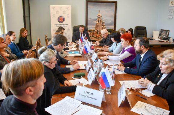 Общественные палаты Санкт-Петербурга и Ленинградской области направят совместное обращение губернаторам регионов о недопустимости строительства мусорного полигона на Синявинских высотах