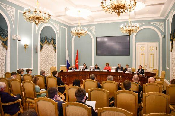 В Смольном состоялось заседание комиссии по предварительному рассмотрению кандидатов в члены Общественной палаты города при Губернаторе Санкт-Петербурга