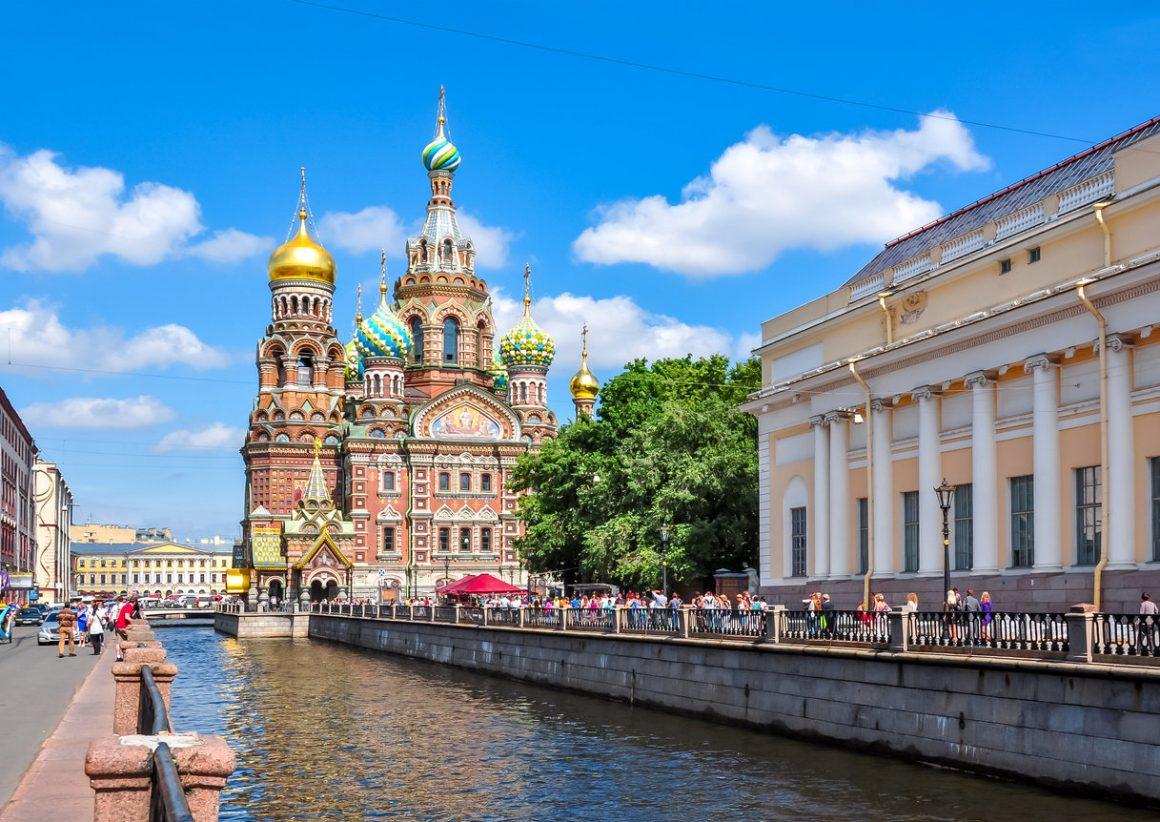 Петербург вошел в тройку самых востребованных направлений для путешествий по стране