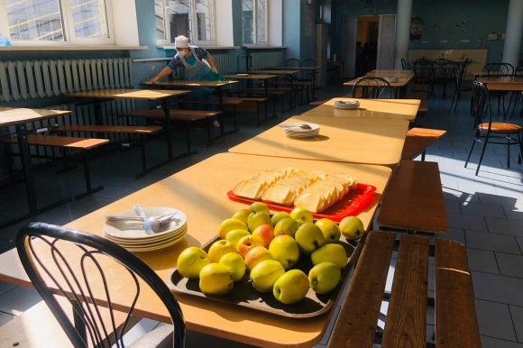 Члены Общественной палаты Санкт‑Петербурга провели мониторинг горячего питания в школах города
